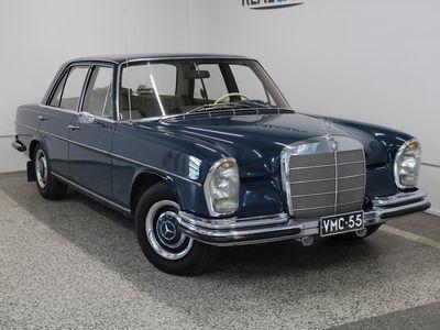 käytetty Mercedes 250 S 2, 5 5h (111) 4d / Museorekisteröity