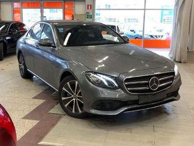 käytetty Mercedes E300 EA Business Edition EQ Power ** Distronic+ / Widescreen / Muistipenkit / 360° / LED / Sähköluukku **