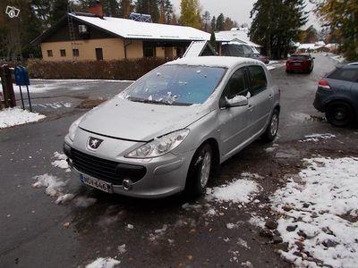 käytetty Peugeot 307 16 bensa vm06