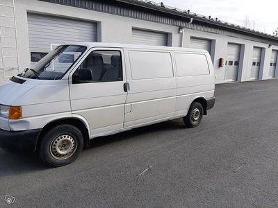 käytetty VW Transporter 2.4