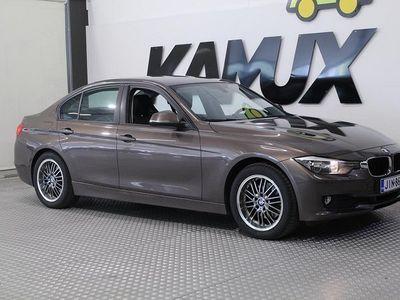 käytetty BMW 320 TwinPower Turbo A F30 Sedan / Navi / 2xrenkaat / Parkkitutkat /