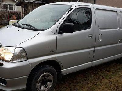 käytetty Toyota HiAce