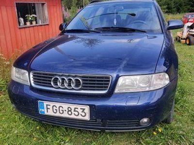käytetty Audi A4 B5 Avant 1,8-20 Bensa 2000