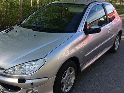 käytetty Peugeot 206 1.4 Trendy juuri katsastettu