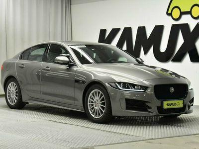 käytetty Jaguar XE E-Performance R-Sport Aut // Navigointi / Kaistavahti / Perutuuskamera //