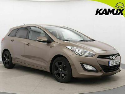 käytetty Hyundai i30 Wagon 1,6 CRDi 94kW 6AT Comfort Plus / Suomi-auto / Lohko / Ratinlämmitin /