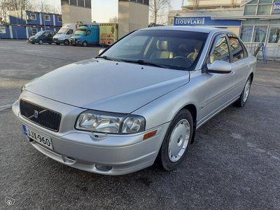 käytetty Volvo S80 T6, Vm. 02, 272 hv, Aj. 257 tkm HIENO