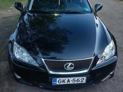 käytetty Lexus IS220d