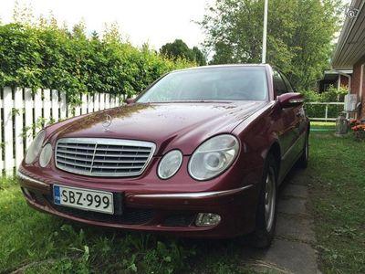 käytetty Mercedes E320