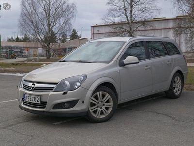 käytetty Opel Astra 2010 139tkm -Katsastettu 06/20
