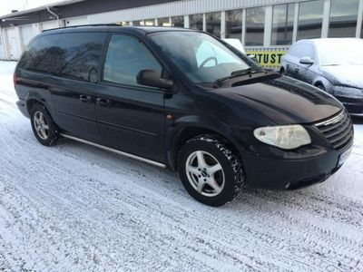 käytetty Chrysler Grand Voyager 2.8CRD Comfort StownGo 7-P