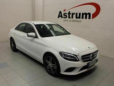 käytetty Mercedes A180 CBusiness Avantgarde * 1.Om / Huippusiisti / LED / Tutkat / Navi / Per.Kamera *