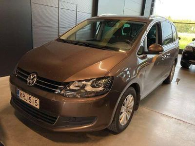 käytetty VW Sharan Comfortline 2,0 TDI 103 kW (140 hv) BlueMotion Technology DSG-automaatti ** Webasto / Sähköluukku / Xenon **