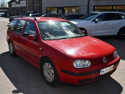 käytetty VW Golf Variant 1,6 Firstline. Ei katsastettu. Saa tarjota !!