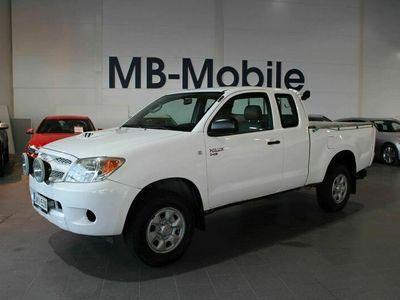 käytetty Toyota HiLux Extra Cab 2,5 D-4D 120 4WD * WEBASTO * VETOKOUKKU * Kotiintoimitus