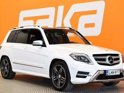 käytetty Mercedes GLK220 BlueTec 4Matic A Premium Business AMG-Styling ** Panorama / Navi / Nahka-alcantara / Vetokoukku / ILS **