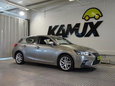 käytetty Lexus CT200h Executive Facelift / HUIPPUTARJOUS! / Adaptiivinen vakkari / Kaistallapitoavustin / Navi / Iso