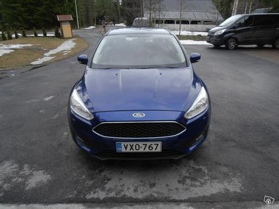 käytetty Ford Focus 1.0 egoboost manuaali