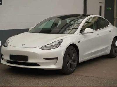 käytetty Tesla Model 3 Long-Range Dual Motor AWD ** Autopilot / Lasikatto / Nahkasisusta / Premium audio **