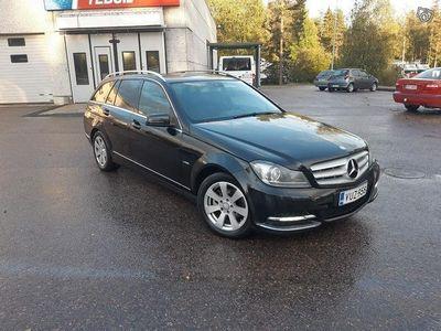 käytetty Mercedes C200 vm.2012