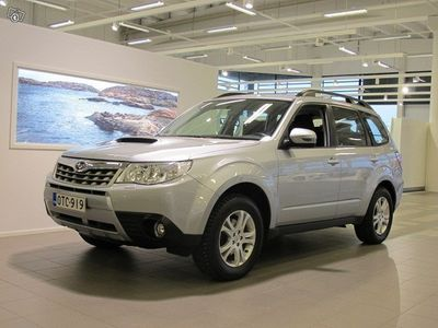 käytetty Subaru Forester 2,0 XS TD WV BUSINESS