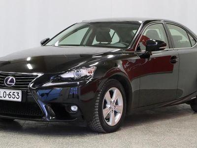 käytetty Lexus IS300h Comfort * Peruutus tutka* Bluetooth* Cruise* Xenon valot* Puolinahka Urheilu istuimet *