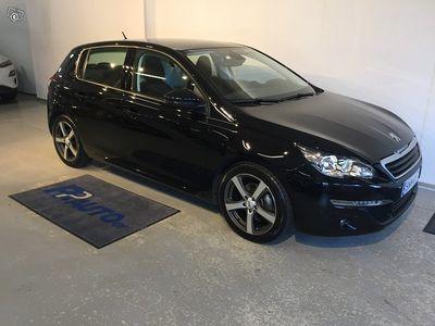 käytetty Peugeot 308 Active PureTech 130 Automaatti - Korko 1,50% ja S-bonusta 500€:n oston arvosta! Ensimmäinen erä marr