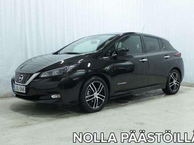 käytetty Nissan Leaf N-Connecta 40 kWh FI (MY18.1) *VÄHÄN AJETTU TÄYSSÄHKÖ!*