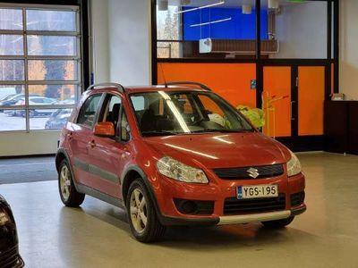 käytetty Suzuki SX4 SX4 4D1.6 4X4 ** Koukku / 2x hyvät renkaat / Suomiauto / Ilmastointi **
