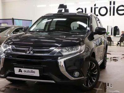 käytetty Mitsubishi Outlander P-HEV *PIENET KILOMETRIT* Plug In Hybrid 4WD 5P / Neliveto/ Peruutus kamera/ Nahka-Alcantara, Rahoituksell