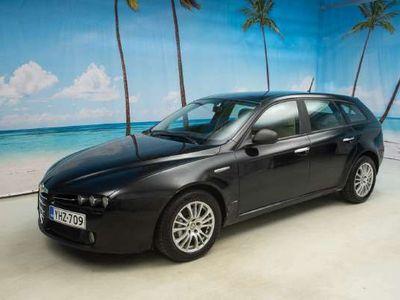 käytetty Alfa Romeo 159 1.9 Sportwagon JTDM 16V * MYYDÄÄN HUUTOKAUPAT.COMISSA! / LINKKI ILMOITUKSESSA! * - *NYT VARASTONTYHJENNYS!*