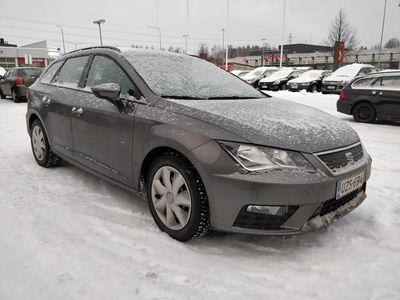 käytetty Seat Leon ST 1,0 TSI 115 Ecomotive Reference DSG ** Vetokoukku / Lohkolämmitin / Bluetooth / Suomiauto **