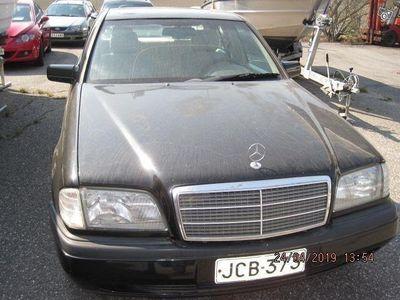 käytetty Mercedes 280 C