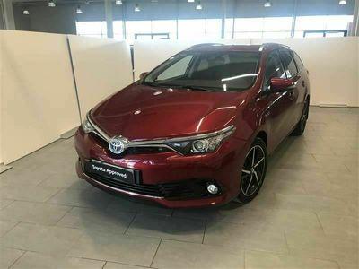 käytetty Toyota Auris 1,8 Hybrid Active