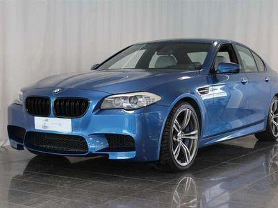 käytetty BMW M5 F10 Sedan, Pro-Navi, Monte Carlo-sininen, Comfort-istuimet, HUD, Merino-nahat