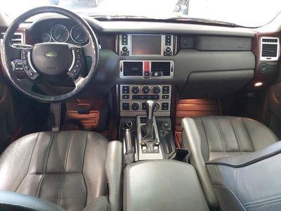 käytetty Land Rover Range Rover 4,4 Vogue Aut. 285hv Etanoli *KATSO MITEN UPEA MAANTEIDEN MÖRSSÄRI!*