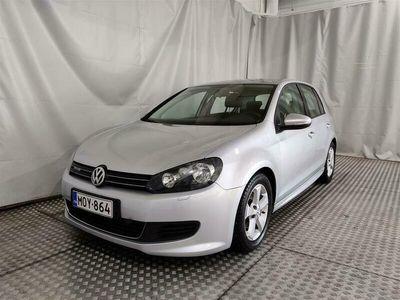 käytetty VW Golf BlueMotion 1,6 TDI 77 kW (105 hv) 4-ovinen