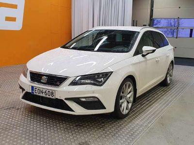 käytetty Seat Leon ST ST 2,0 TDI 150 4DRIVE FR DSG ** ACC / Lane assi / Sporttipenkit / LED / Webasto **
