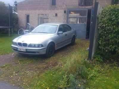 käytetty BMW 520 i