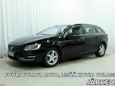 käytetty Volvo V60 D2 Business Edition A (MY15.1) *WEBASTO, XENON, TUTKAT YMS.*