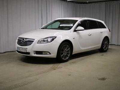 käytetty Opel Insignia Sports Tourer Black&White Edition 2,0 CDTI Ecotec 118kW AT6