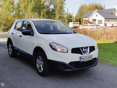 käytetty Nissan Qashqai 1.6 vm 2012