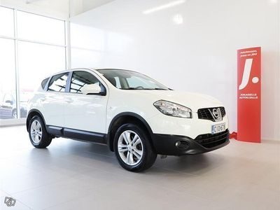 käytetty Nissan Qashqai 1,6 dCi Acenta 4WD 6 M/T Connect * KOUKKU,NAVI,PERUUTUSKAMERA *