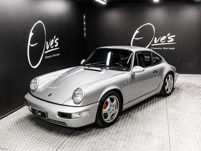 käytetty Porsche 911 Carrera 2 Coupé (964), upea alkuperäinen yksilö joka juuri kunnostettu ja maalattu.
