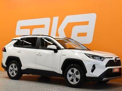 käytetty Toyota RAV4 2,5 Hybrid AWD-i Active ** Adapt. vakkari / Kaistavaihti / Peruutuskamera / LED / Sähkökontti **