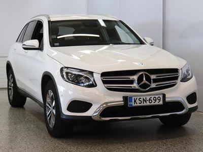 käytetty Mercedes GLC220 d 4Matic A Premium Business / 1om. / LED valot / Sportpenkit