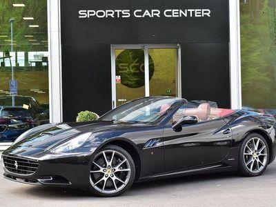 käytetty Ferrari California 4,3 V8 DCT, Keraamiset Jarrut, Navigointijärjestelmä, Tutkat, Rosso-nahkaverhoilu, Nero Daytona-väri