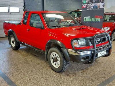 käytetty Nissan King Pick-up 2,5 TDCab 4x4 *VÄHÄN AJETTU*