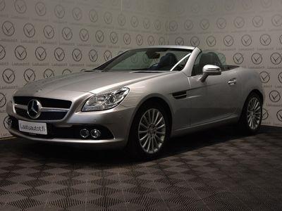 käytetty Mercedes SLK200 BE A - Korko: 1,89% + kulut! Jopa ilman käsirahaa! Nahat, Panorama, Tutkat, Cruise jne