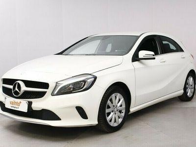 käytetty Mercedes A180 A Premium Business / Peruutuskamera / Navigointi